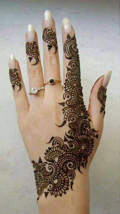 Simple Mehndi designs - 5