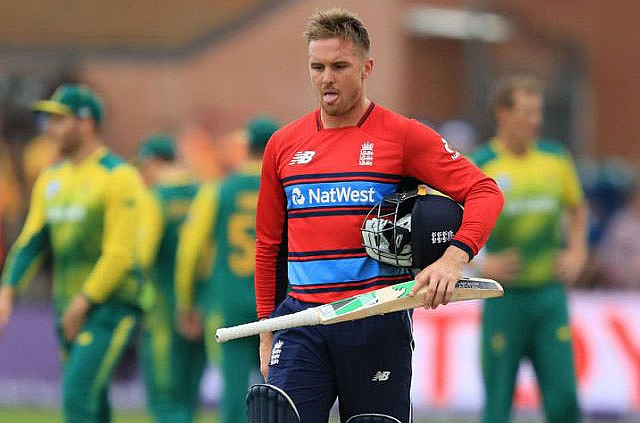 Cricket me pahli baar kaise out hua ye batsman. Dekhiye Jason roy ka ye T-20 match ka ye video