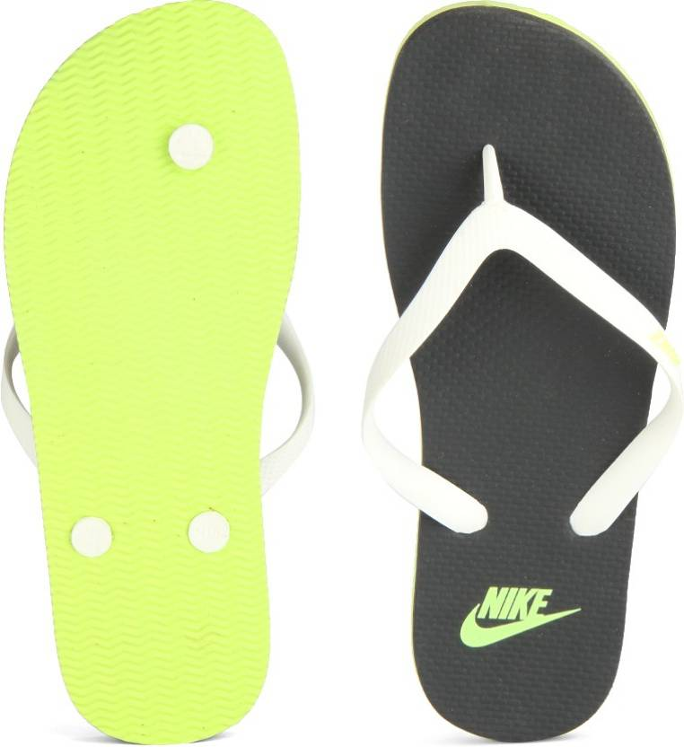 low priced 71f68 03462 Nike WMNS AQUASWIFT THONG Slippers